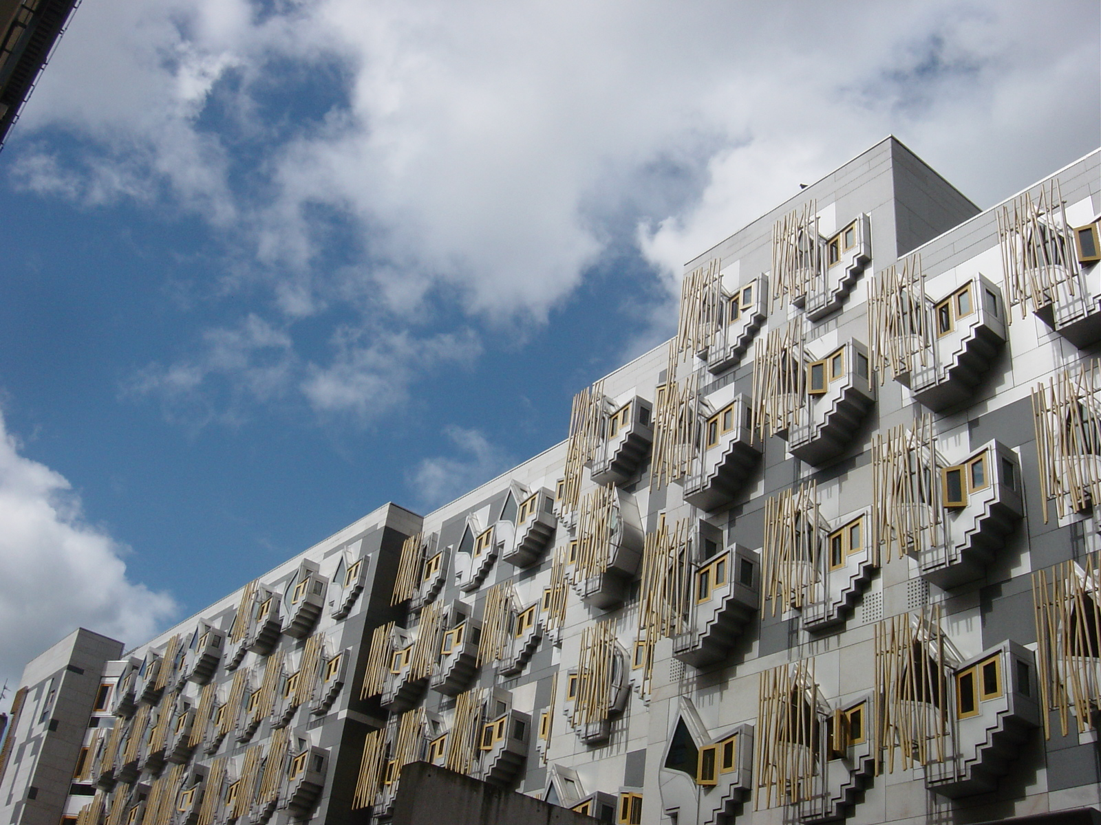 Scottish Parliament Building, Edinburgh (Enric Miralles)