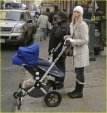 naomi-watts-bugaboo-731487